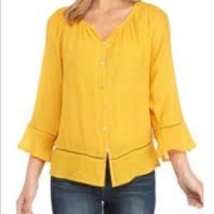 🌷New Directions Lemon cut out detail shirt S